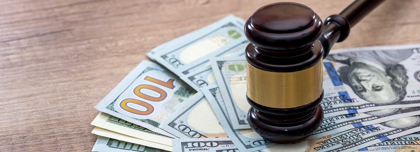 What Type of Damages Can a Car Accident Lawyer in Surprise Recover?